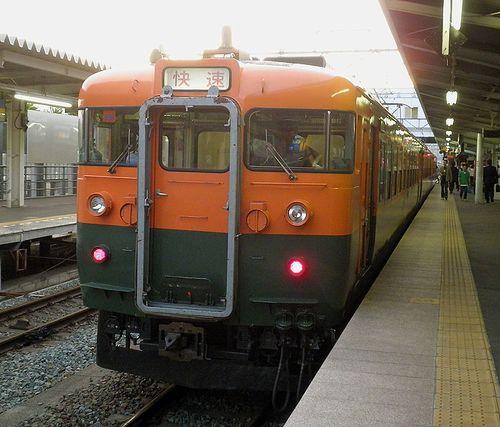 しなの鉄道169系「S52」編成「しなのサンセット」(2011年6月14日・上田駅)