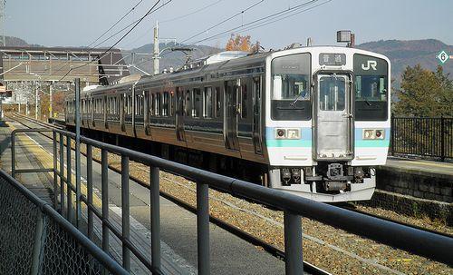 篠ノ井線姨捨駅・スイッチバック(長ナノ211系「N332編成」)(2013年12月1日)5