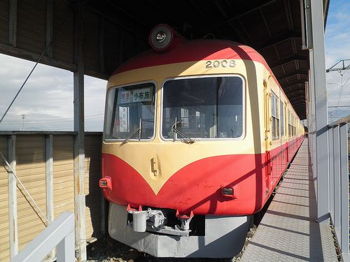 長野電鉄2000系D編成(2013年12月1日・小布施駅「ながでん電車の広場」)