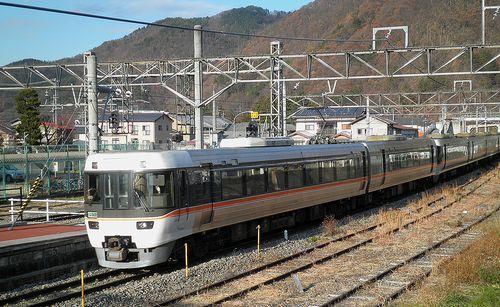 海シン383系A203編成ほか・特急「しなの」(2013年12月1日・明科駅)