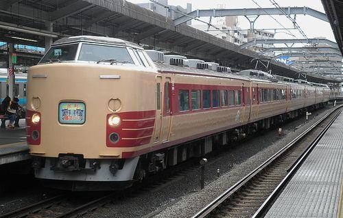 宮オオ183系「OM102」編成(2012年4月22日・赤羽駅)