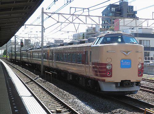 宮オオ183系「OM103」編成(2012年8月25日・平井駅)2