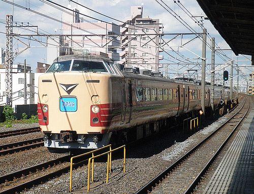 宮オオ183系「OM103」編成(2012年8月25日・平井駅)1