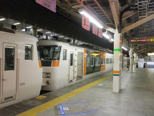東海道本線快速「ムーンライトながら」9391M(2013年12月25日・東京駅・宮オオ185系C7+B5編成)5