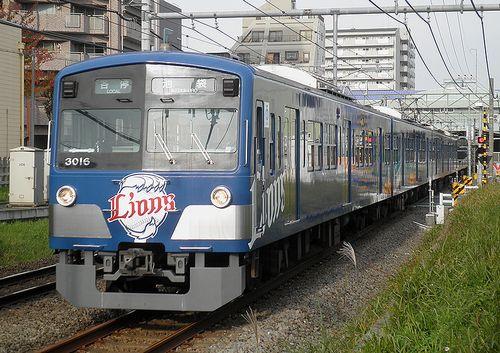 西武3000系(3015F) (2011年11月27日・ひばりが丘~東久留米間)