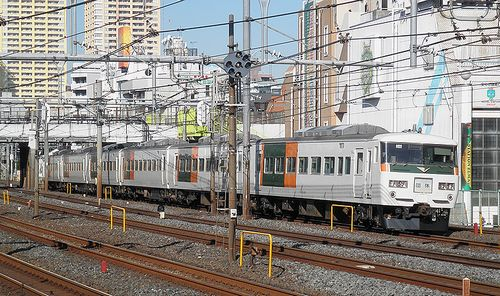 宮オオ185系「OM 03」編成(2014年1月7日・鶯谷駅)