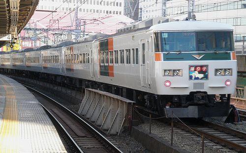 宮オオ185系「A4」編成(2014年1月7日・有楽町駅)2