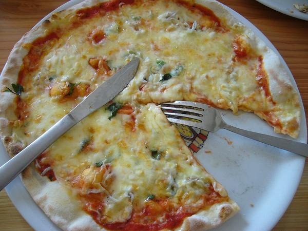 しらす干しのピザ1