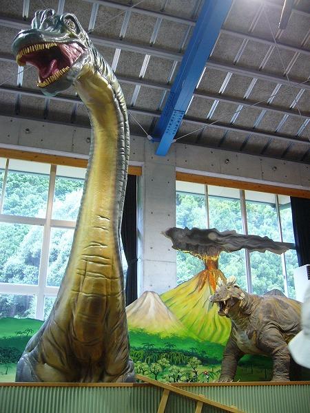恐竜(四万十)