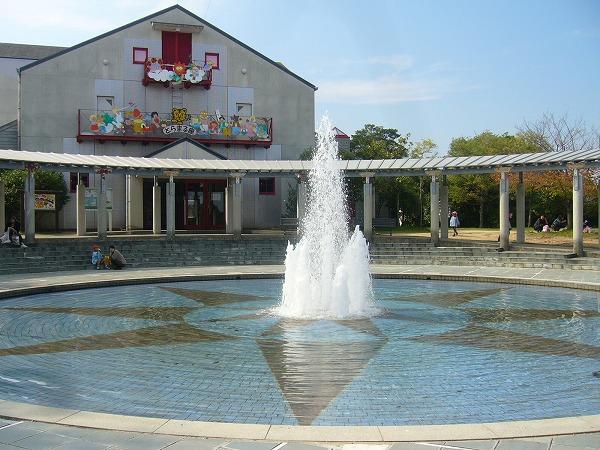 噴水広場横