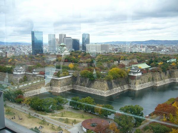 大阪歴史博物館の窓から