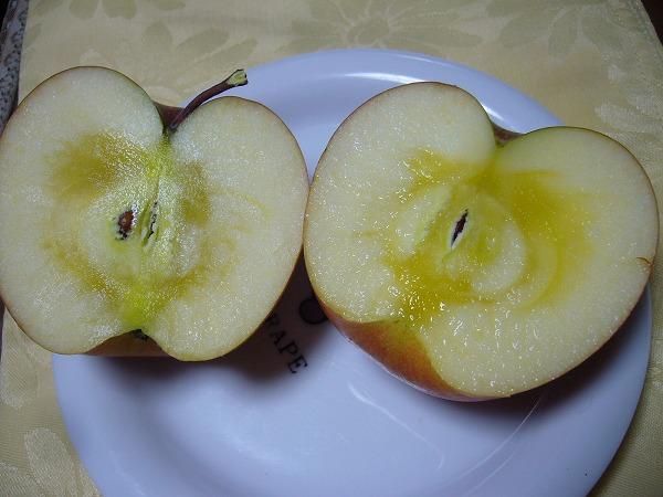 蜜入り林檎