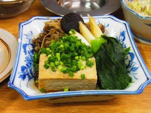 130116-006肉豆腐(S)