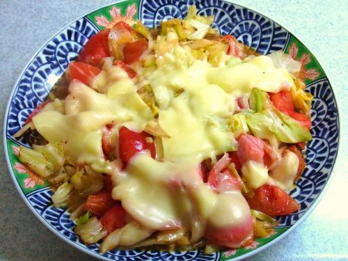 130320-241キャベツとトマトのチーズ焼き(S)