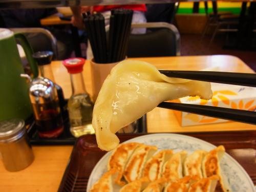 130331-104餃子上げ食べる前(S)