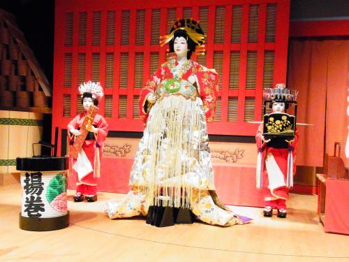 130504-010歌舞伎の舞台(S)