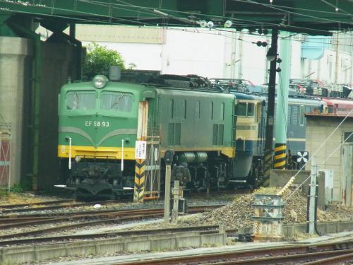 130511-003機関車(S)