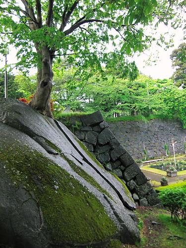 盛岡城巨石