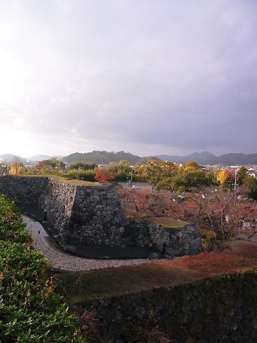 サッサ山城入口