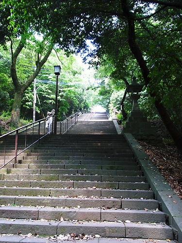 浄池廟裏階段