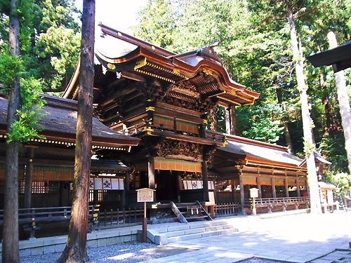下社春宮幣拝殿 (2)