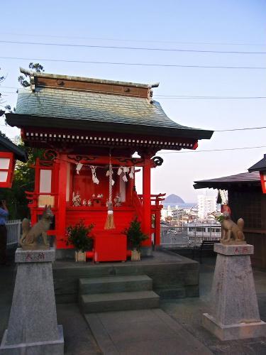 臼杵城内の神社