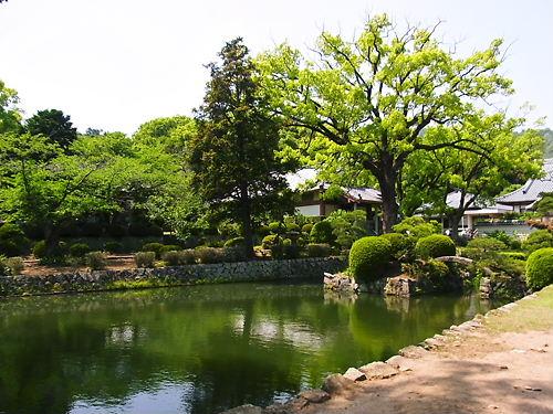 松屋寺庭園