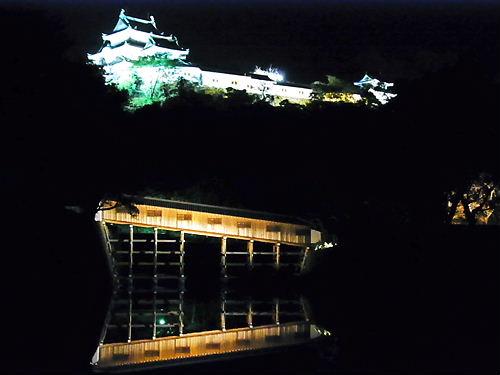 和歌山城廊下橋と天守