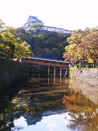 天守と廊下橋