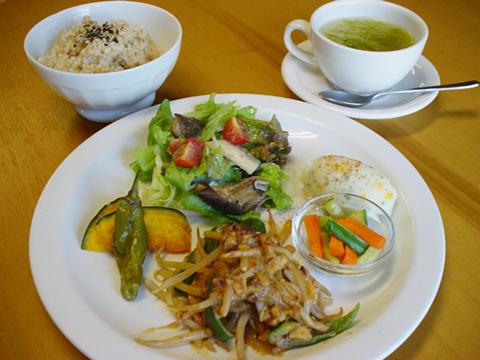 lunch_1108.jpg