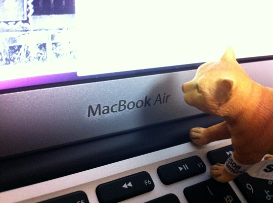 macbookairphoto.jpg