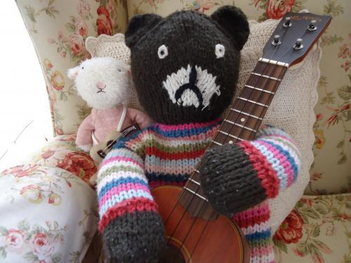 ukulele-simon.jpg