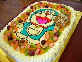 ドラえもんのウェディングケーキ