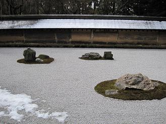 京都・龍安寺 方丈前庭の枯山水庭園2010/3月撮影