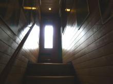 アカダマ-階段