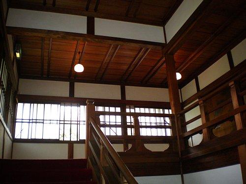 旧前田侯爵邸・2階廊下