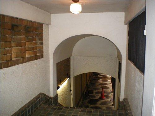 旧前田侯爵邸・渡廊下内部1