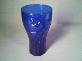 Coke® glass キャンペーンは日本代表カラー?のディープブルー