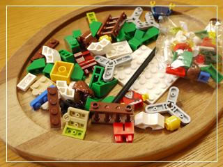 LEGODecoratingTheTree02.jpg