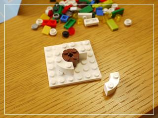 LEGODecoratingTheTree03.jpg