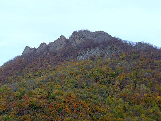 八剣山の紅葉