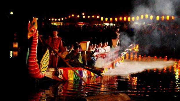 采女祭鳳凰船
