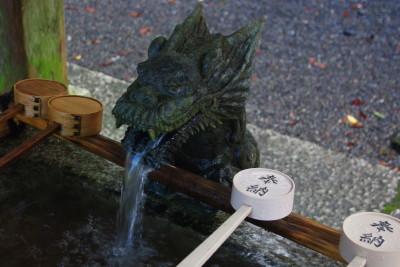 龍穴神社手水