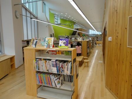 熊野市図書館 (1)