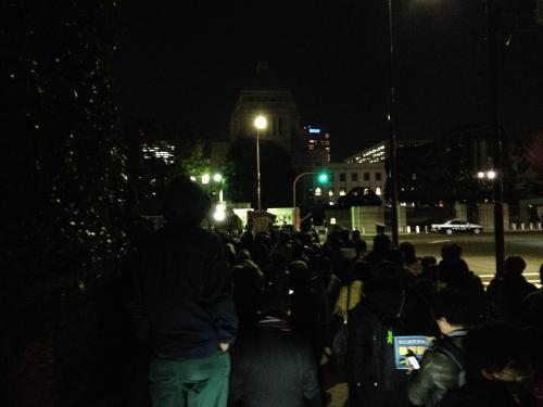 20131126国会正門前