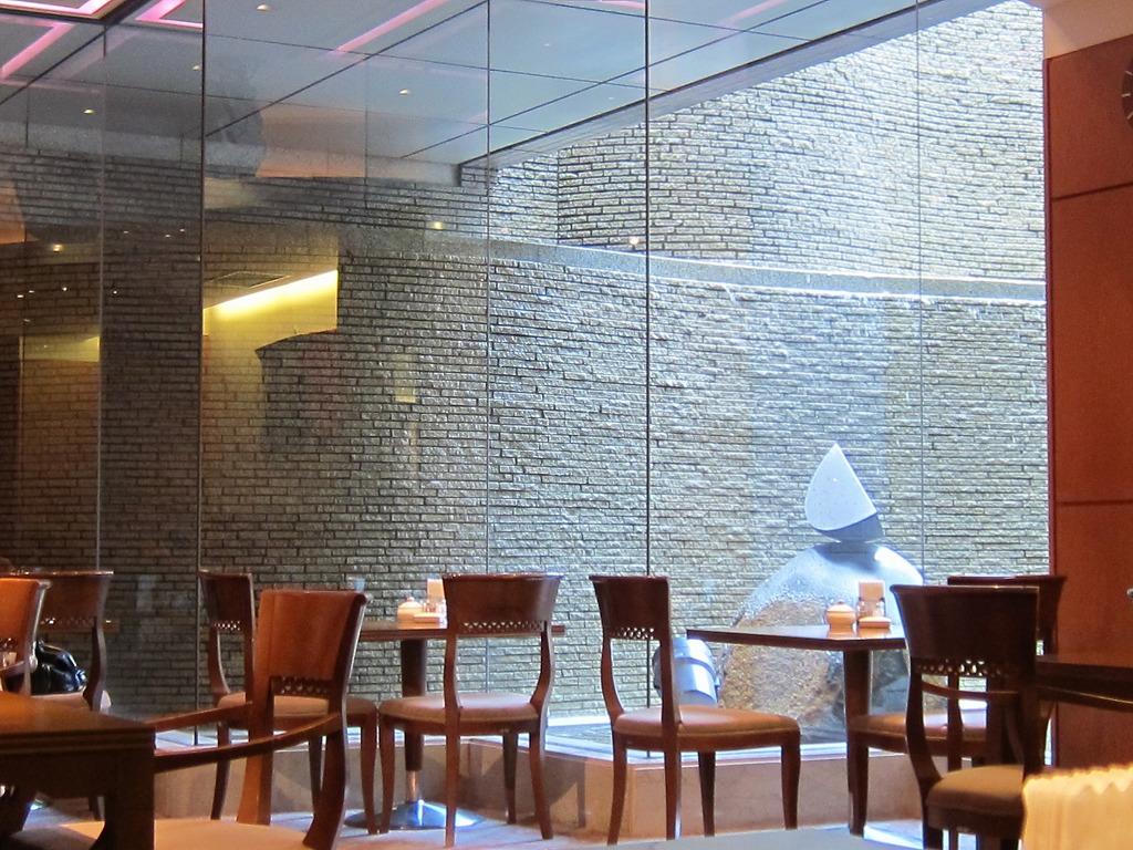 ホテルグランドヒル市ヶ谷 レストランサルビア>