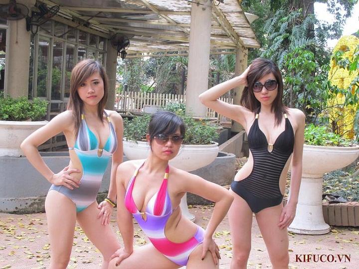 Bikini___1150____4db455ee67349.jpg