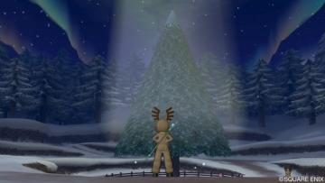 飾りを盗まれたクリスマスツリー