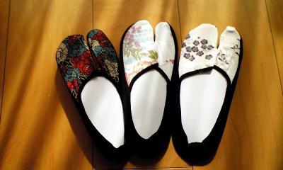 お土産その1「足袋っくすフットカバーバージョン」3足¥500は安い!!浴衣やトングに合わせてカワイイ♪