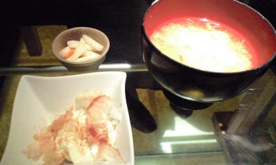 お味噌汁・お漬物もお代りOK!お豆腐も美味しいよ♪